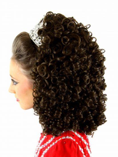 Brogan Split Curl Medium Wig
